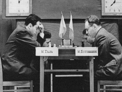 Tal vs Botvinnik, Game 1, Moscow 1960